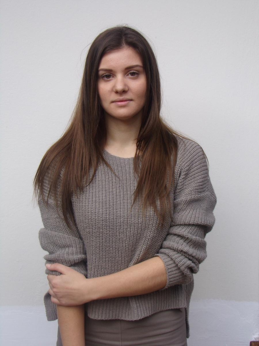 ELENI PAIDA  -  AGENCIA MODELS