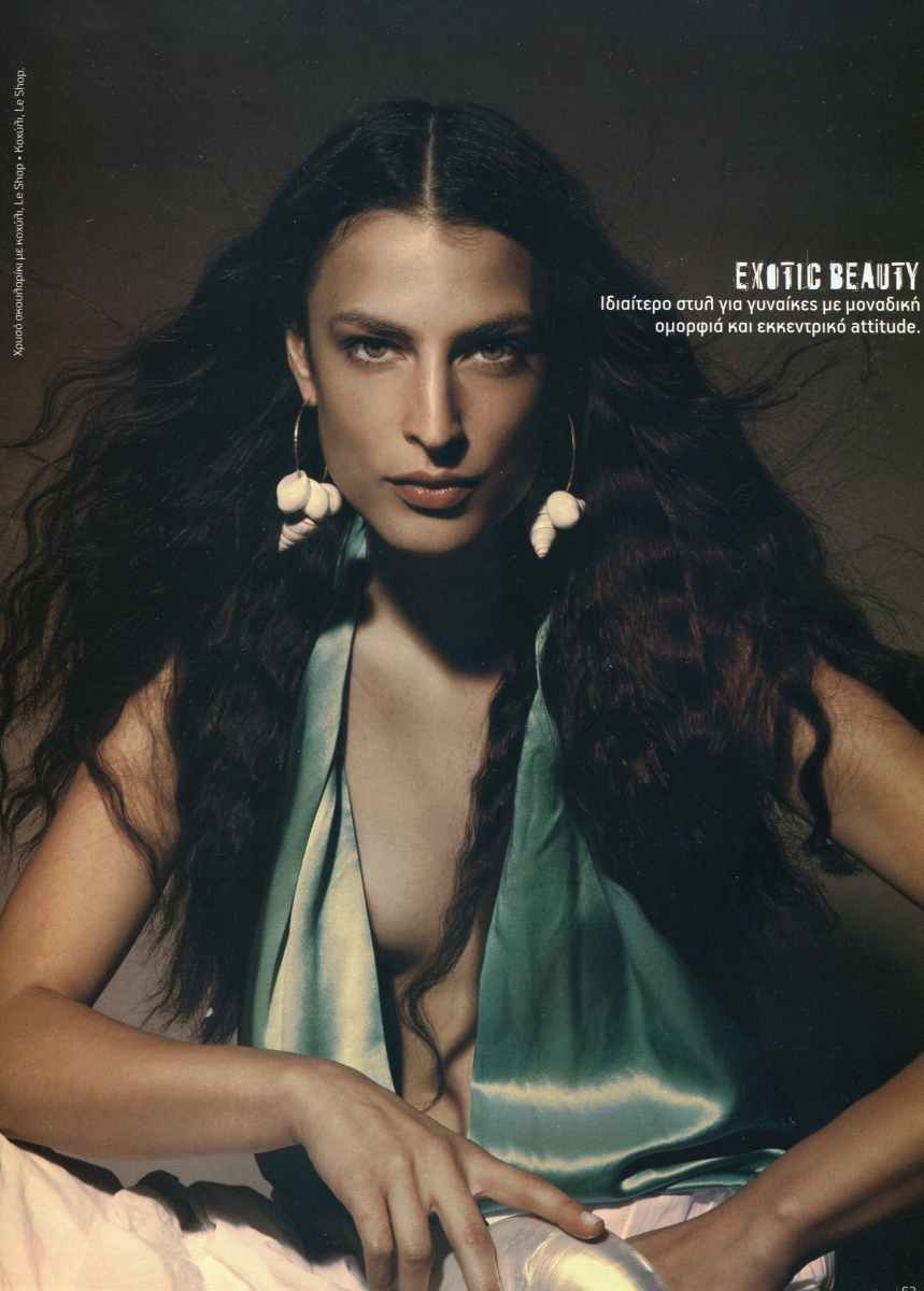 ESTHER MASTROYIANNI  -  AGENCIA MODELS