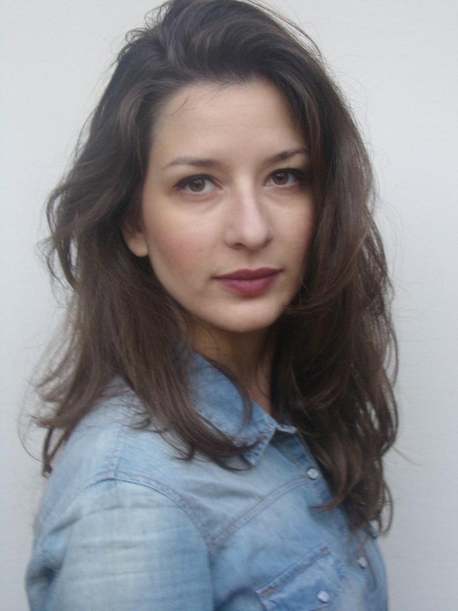 ANTONIA VISVIKI  -  AGENCIA MODELS