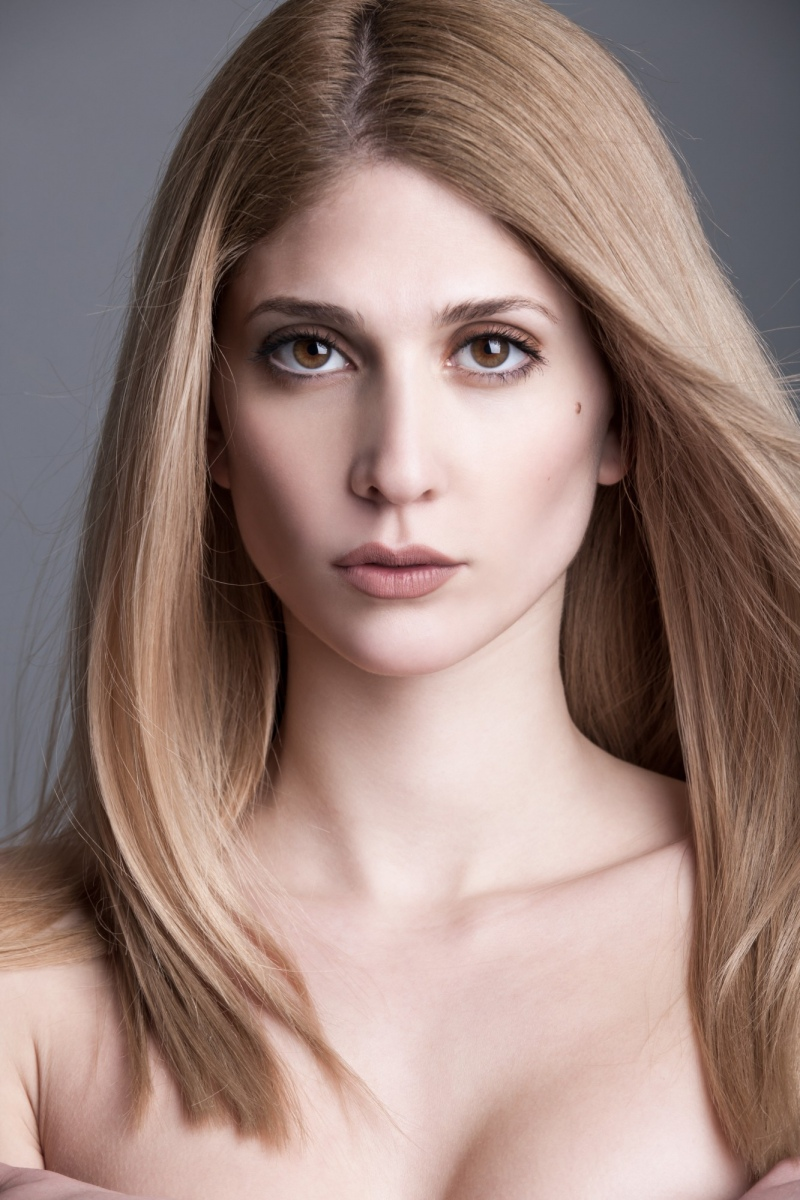 ANNA MARIA ANDRONI  -  AGENCIA MODELS