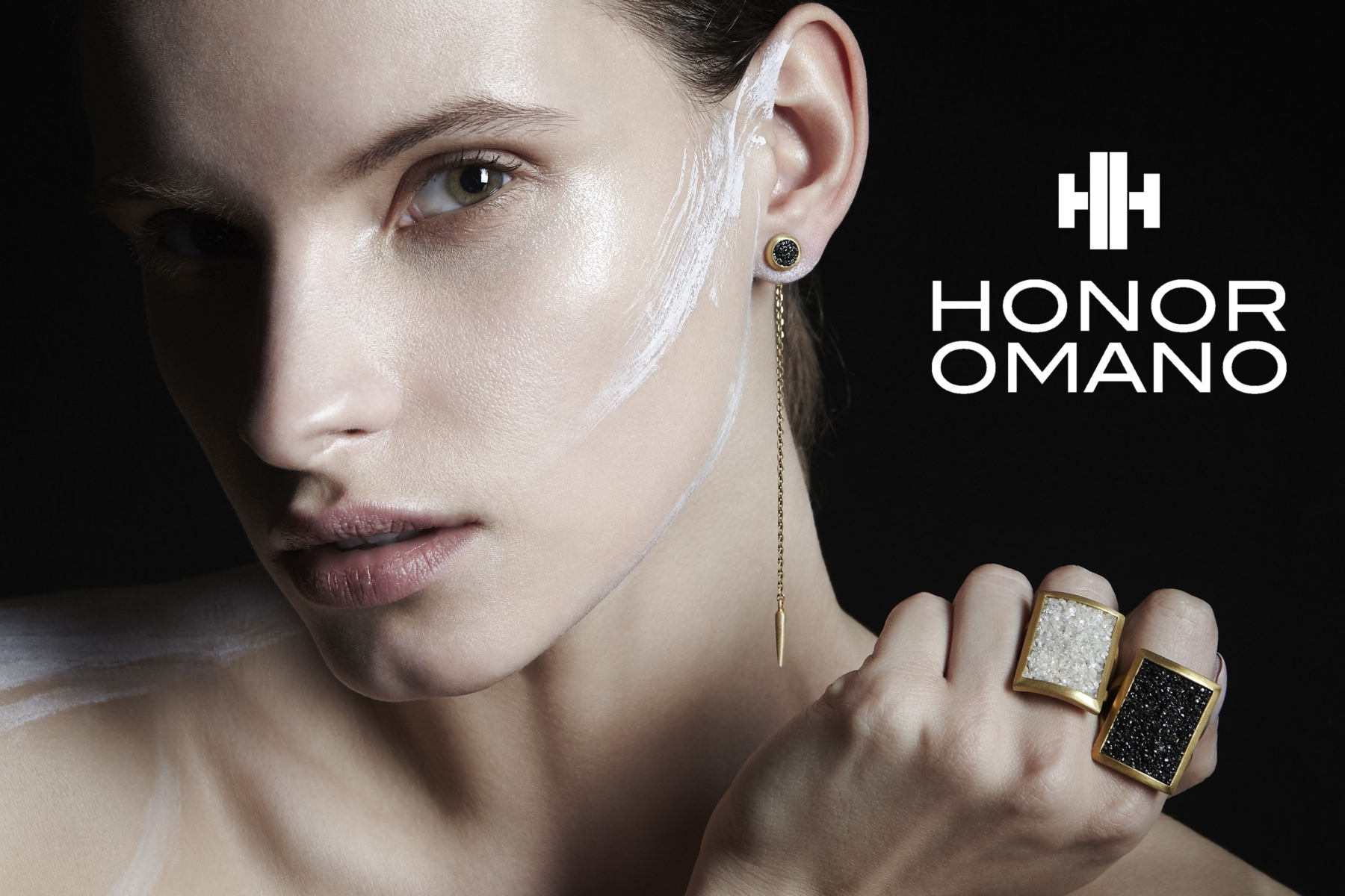 Viktorija for HONOR OMANO