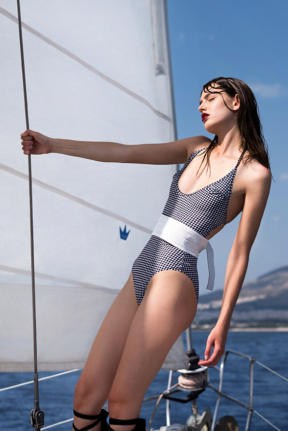 ANNA KISS  -  AGENCIA MODELS