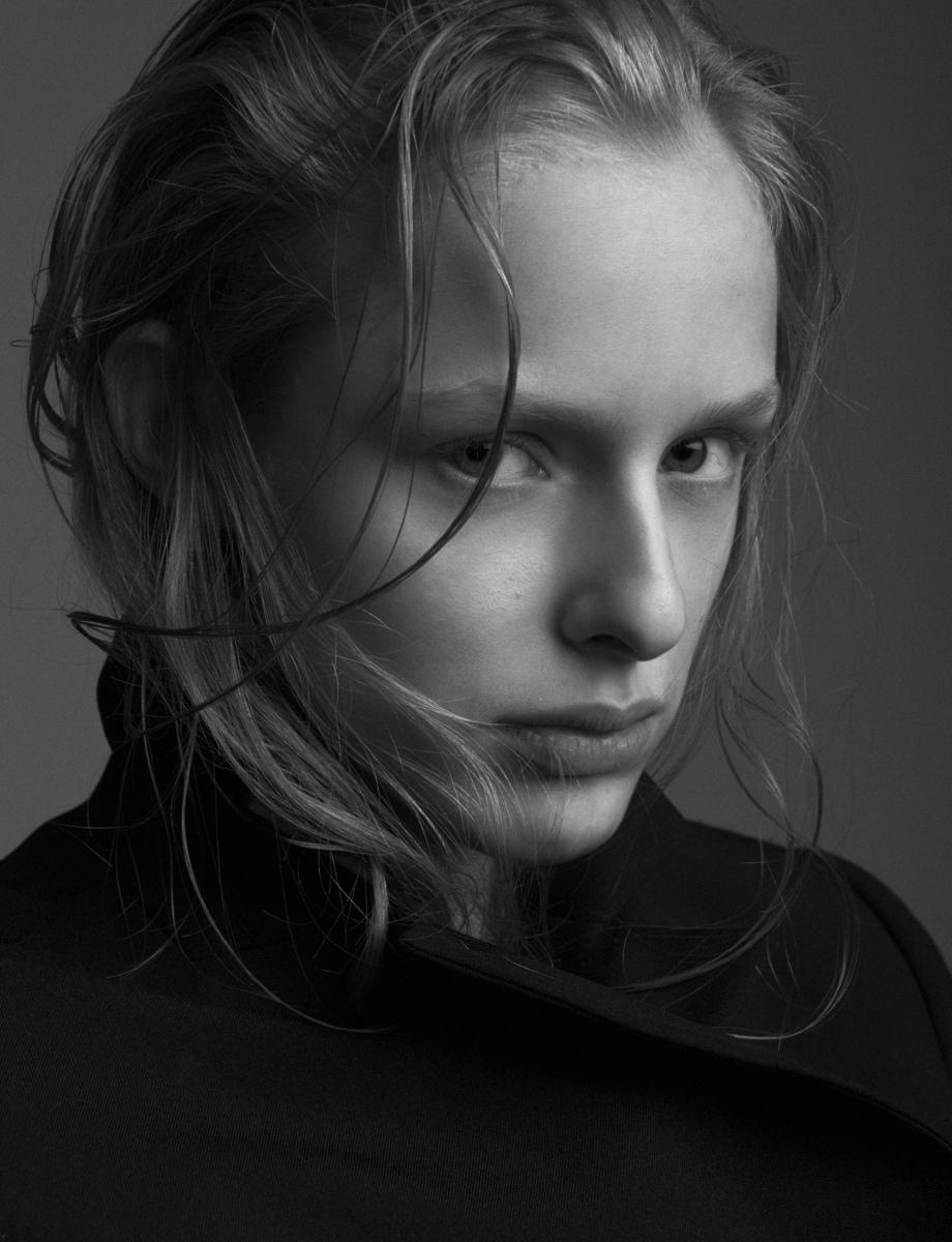 Maria Malecka BY George Katsanakis