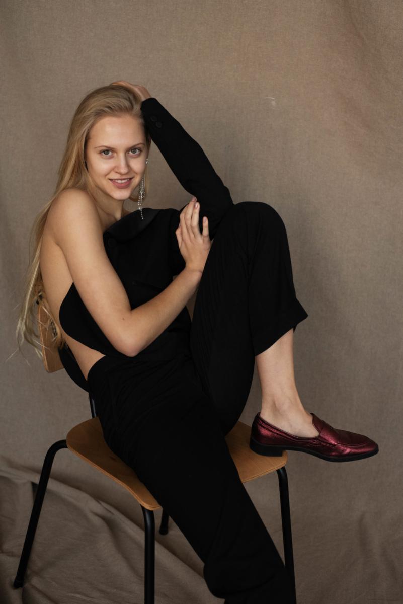 ALINA M.  -  AGENCIA MODELS
