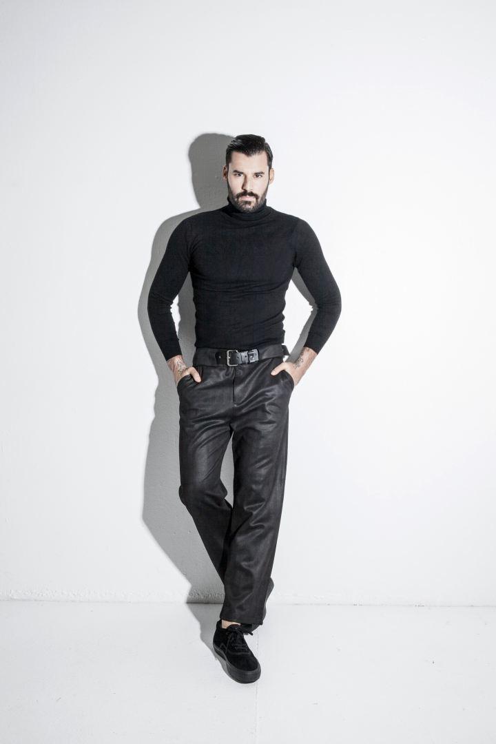 GIANNIS NIKOLAKOS  -  AGENCIA MODELS